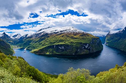 Geiranger Fjord Bild; Copyright bei Fotolia