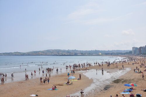 Gijón Bild; Copyright bei Fotolia