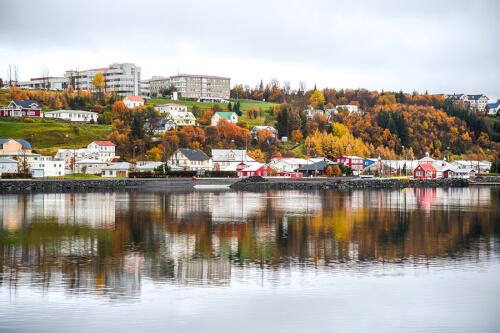 Akureyri Bild; Copyright bei Fotolia