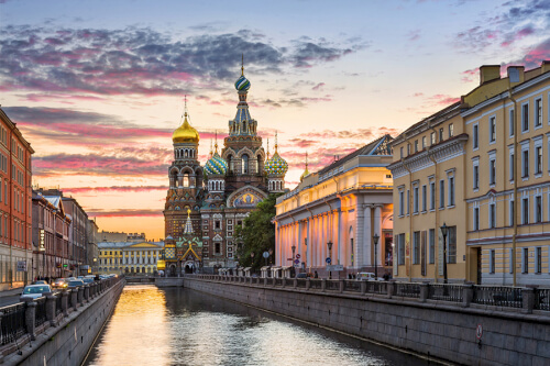 St. Petersburg Bild; Copyright bei Fotolia